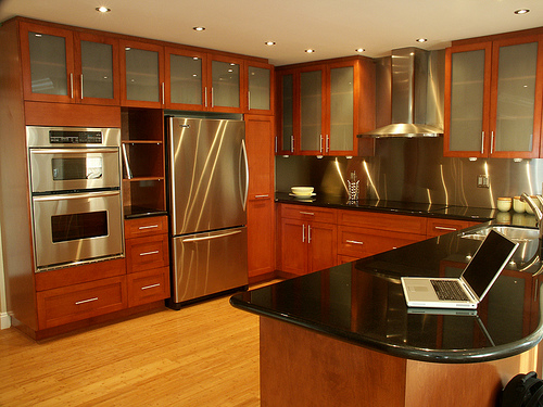 Thomasville-Kitchen-Cabinets