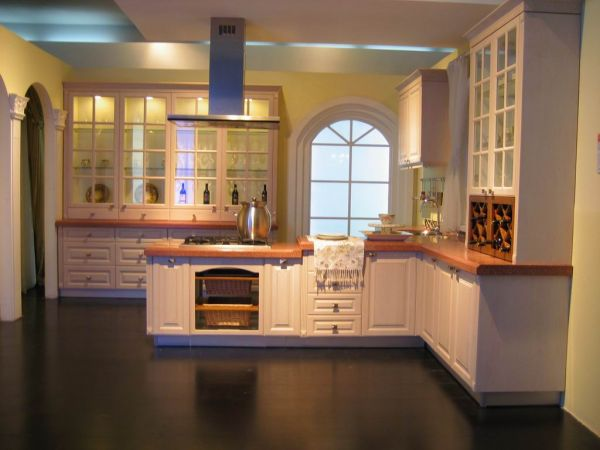 Solid wood kitchen cabinets kitchen cabinets assemble for Solid wood kitchen cabinets